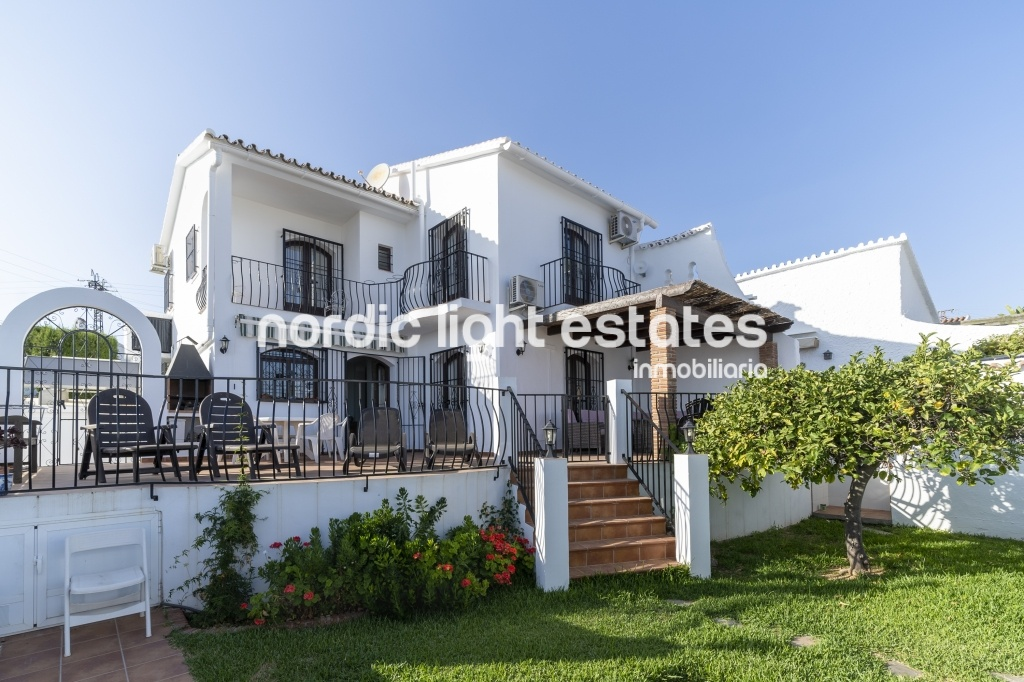 Similar properties Luminous Villa, terraces, garden and seaviews
