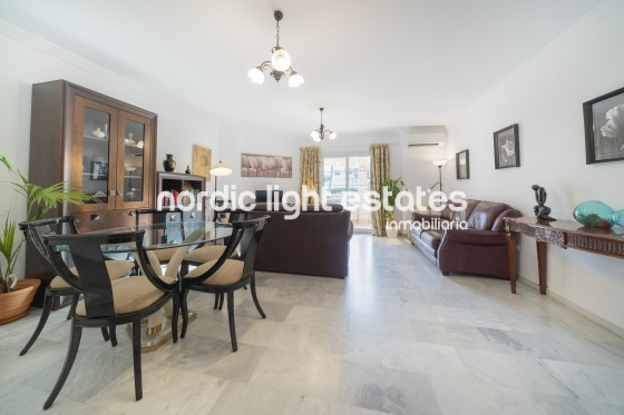 Lovely 3-b apartment, central location and beach
