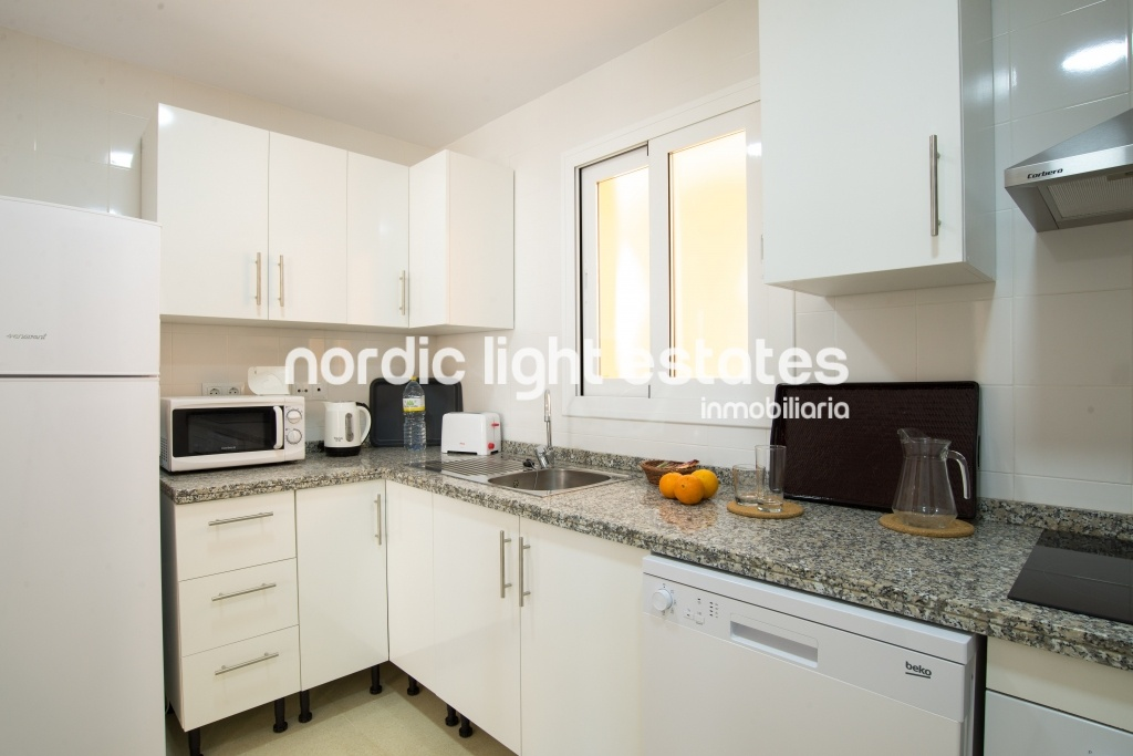 Similar properties 10min old center. Parking, Wifi and heated pool.