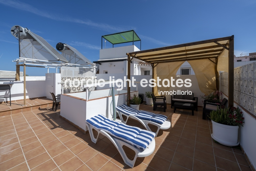 Similar properties Centre, roof terrace with BBQ, sun and beach