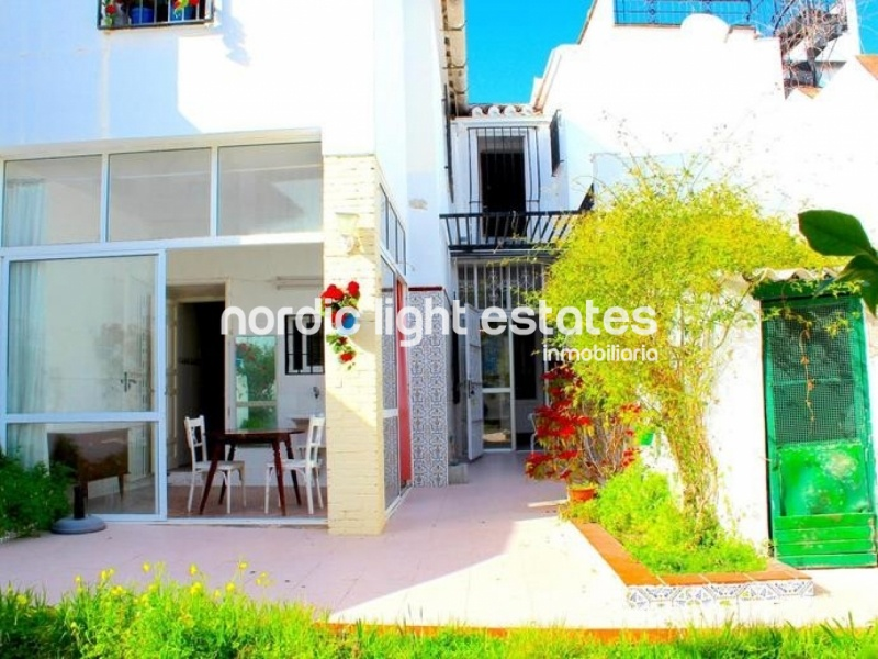 Similar properties Townhouse with lovely patio