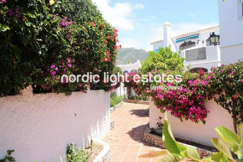 Apartment with sea views in Nerja