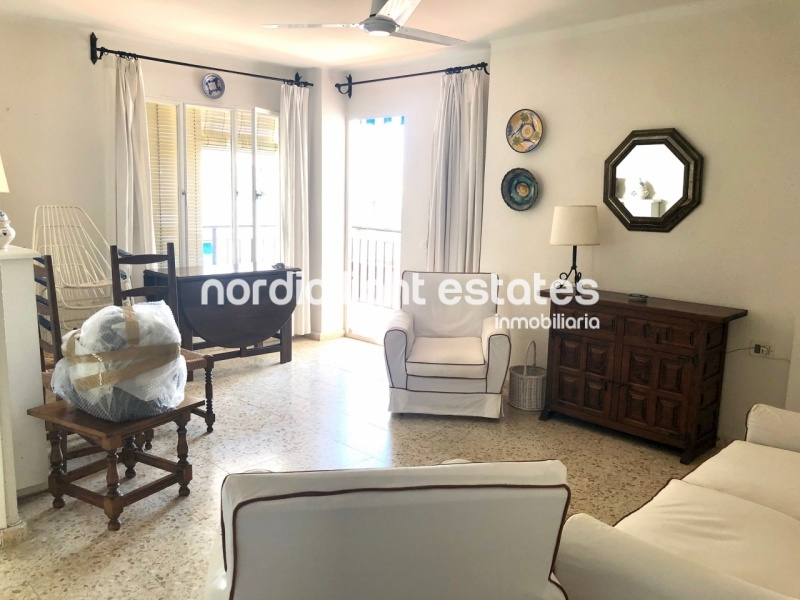Similar properties Apartment to renovate in calle Málaga