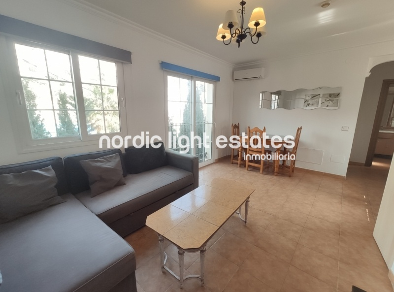 Lindo apartamento con un dormitorio al lado de la playa rio