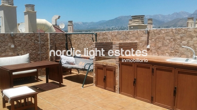 Similar properties Southfacing penthouse with roofterrace of 45 sqm