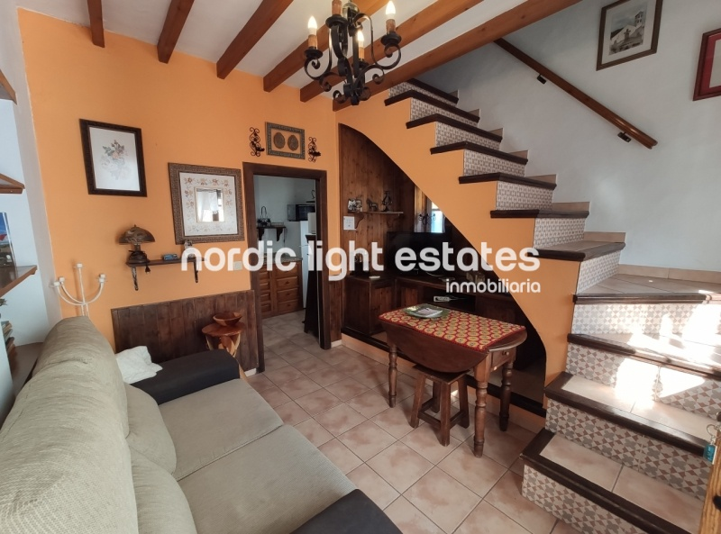 Similar properties Pretty townhouse with lovely roofterrace