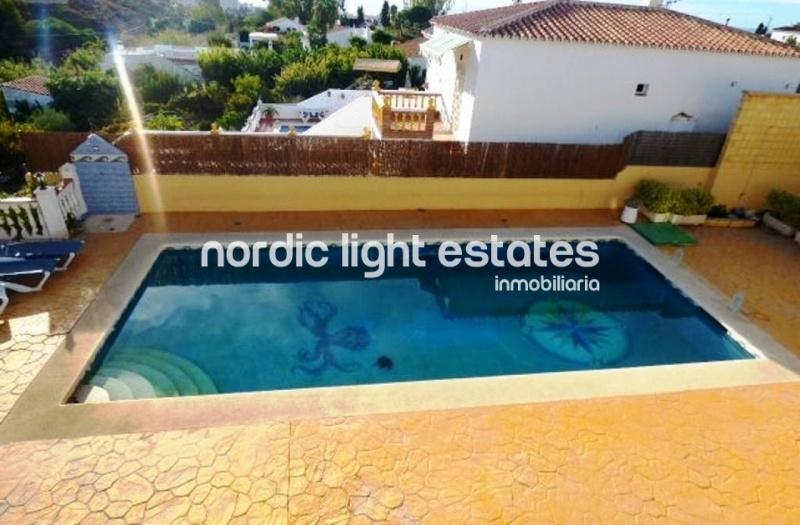 Similar properties Villa in Nerja with pool