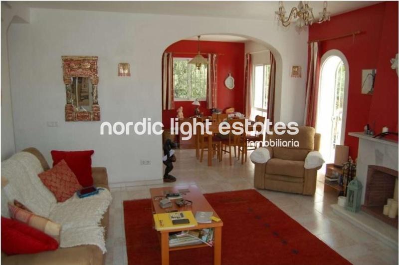 Villa in Nerja with sea views