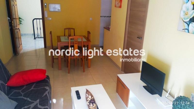 Luminoso apartamento cercano a Torrecilla playa