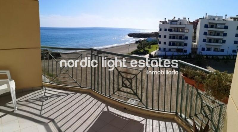 Beachfront apartment (Torrox Costa)