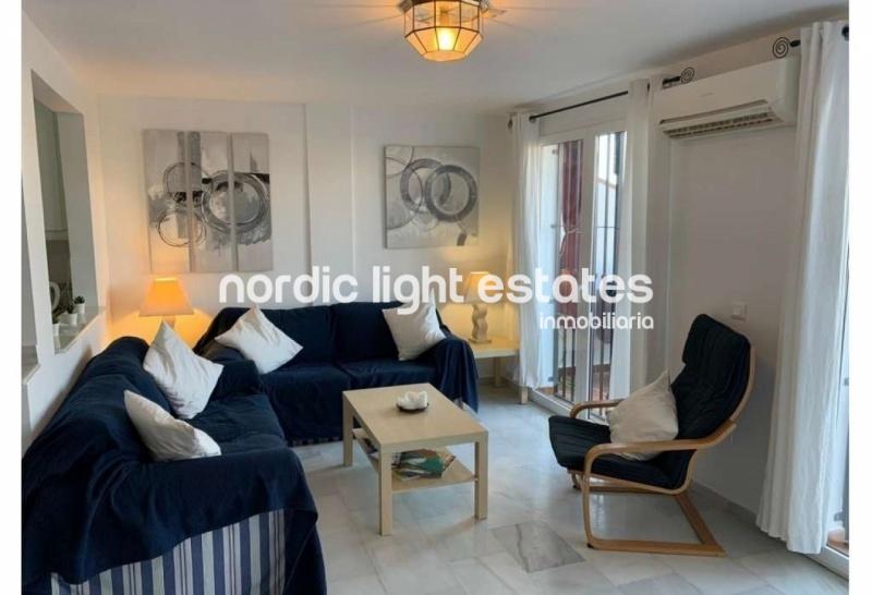 Luminoso apartamento en Nerja