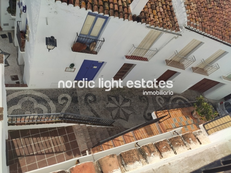 Similar properties Singular townhouse in the old centre of Frigiliana