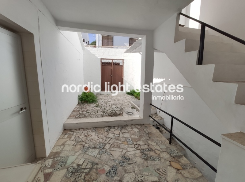 Townhouse in Frigiliana with high potential